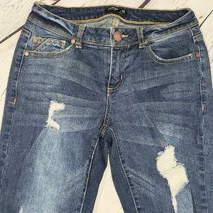 Fashion Nova distressed skinny jeans size 3